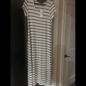 Exist Maxi Stretch Dress  Size Large NWT
